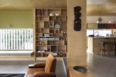 5227eb9be8e44e5a61000016_brown-vujcich-house-bossley-architect-s_emmett_st_hse_3351